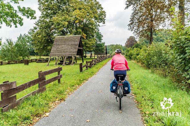 wiaty-dla-rowerzystow-przy-starym-rowero