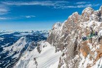 Alpy austriackie i platforma widokowa na Dachsteinie