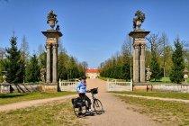 Brama pałacowego parku w Rheinsbergu