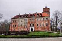 Bryła zamku w Uniejowie