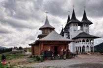 Cerkwie na przełęczy