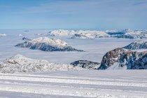 Chmury nad alpejskimi dolinami