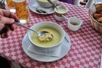 Ciorba de burta - flaki po rumuńsku