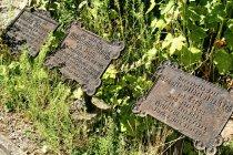 Dawne tablice cmentarne