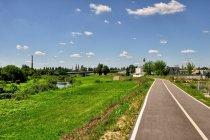 Droga dla rowerów nad Wartą