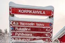 Drogowskaz szlaków pod Korpikahvila