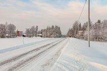 Fińska droga zimą