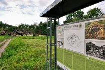 Fort X Orzechowce - tablica informacyjna