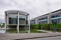 Gmach urzędu miasta w Reykjaviku