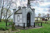 Grobowiec rodziny Wessel w Steblewie