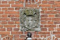 Herb Gdańska na kościele w Krzywym Kole
