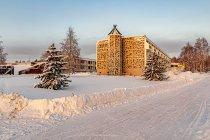 Hotel Sokos w Kuusamo od strony jeziora