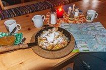 Kaiserschmarrn - omlet cesarski w Wiesmadhalm