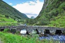 Kamienny most przed Vadheim
