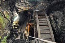 Koła napędzające system wydobycia rudy z kopalni