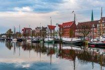 Lubeka - Stare Miasto nad rzeką Trave