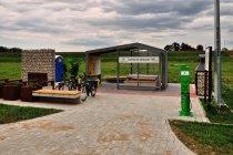 Miejsce odpoczynku rowerzystów na Wiślanej Trasie Rowerowej