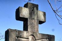 Na cmentarzu w Nieznajowej