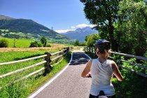 Na drodze rowerowej w dolinie górnej Adygi