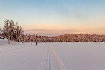 Na jeziorze Talvijärvi koło Ruki