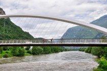 Na rowerowym moście w Trentino