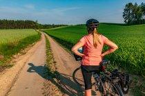 Na rowerowym szlaku przed Gniewem