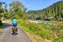 Na trasie rowerowej nad Dunajcem