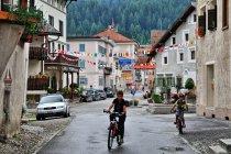 Na ulicach Bergun