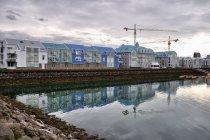 Nowoczesna zabudowa terenów portowych