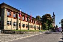 Nowy budynek szkoły w Starej Bystrzycy