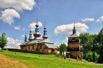 Odbudowana cerkiew w Komańczy