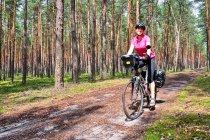 Olka na rowerze w Łódzkiem