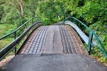 Oryginalna nawierzchnia mostu nad Nysą