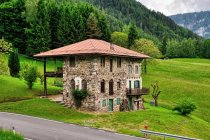 Oryginalny dom koło Canal San Bovo
