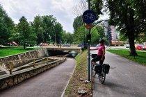 Oryginalny przejazd rowerowy przez rzekę Silnicę w Kielcach
