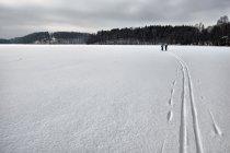 Po kaszubskich jeziorach na biegówkach