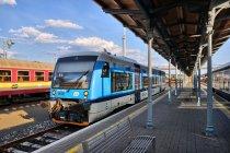 Pociąg typu 840 ze Szklarskiej Poręby do Liberca