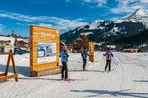 Początek trasy narciarskiej Steinbockloipe