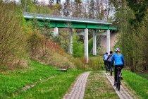 Pod mostem drogi ekspresowej do Kaliningradu