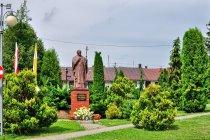 Pomnik Jana Pawła II w Czudcu