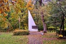 Pomnik pomordowanych podczas II wojny światowej w Żabnicy