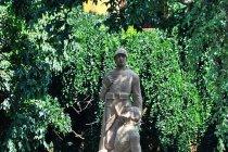 Pomnik w Mikulcicach