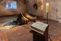 Potłuczone dzwony w kościele Mariackim w Lubece