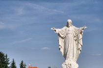 Przed bazyliką w Welehradzie
