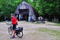 Przed bunkrem w Konewce