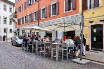 Restauracje na ulicach Trydentu