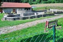 Romańskie ruiny