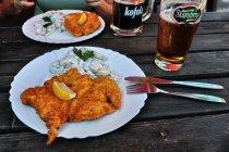 Rowerowe danie: kurczak i sałatka ziemniaczana na zimno