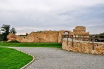Ruiny zamku w Inowłodzu
