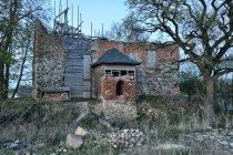 Ruiny zamku w Jasińcu Nowym